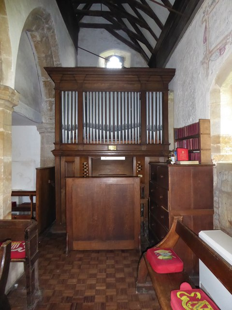 St Thomas à Becket, Brightling: organ
