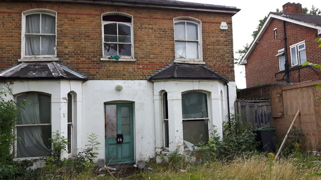 House in Brownlow Road, London N11