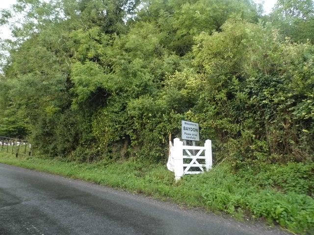 Aldbourne Road entering Baydon