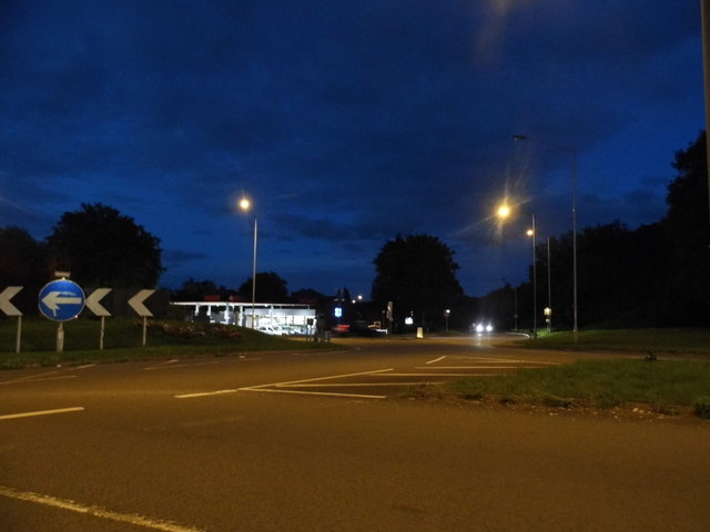 Roundabout on Bath Road, Charvil