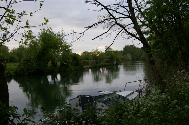 View across the Thames above Four Rivers