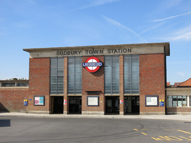 Sudbury Town tube station - entrance building (3)
