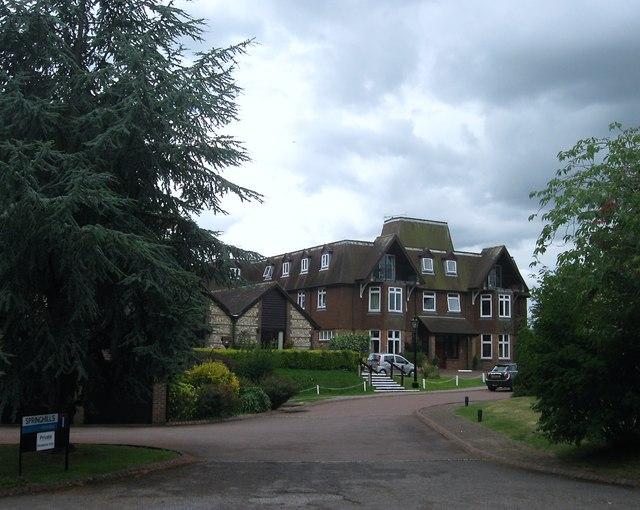 Springhills, Henfield