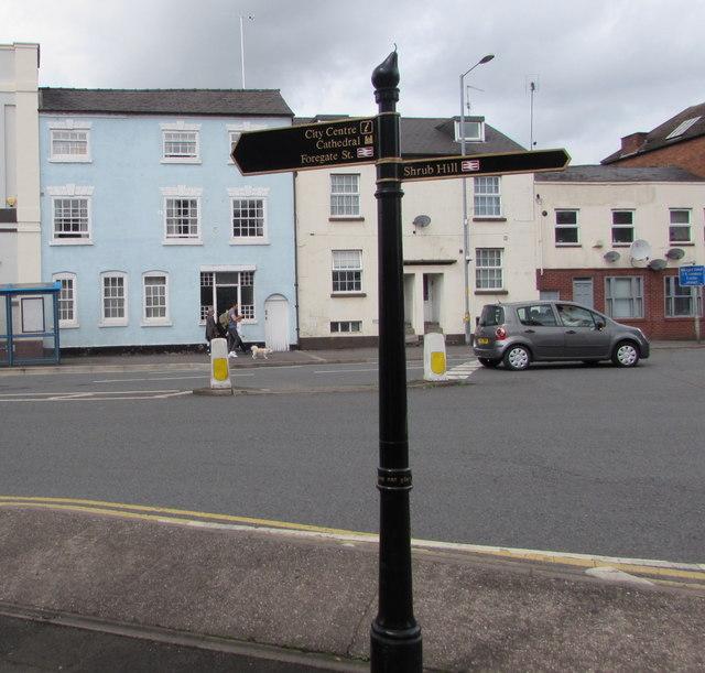 Worcester railway stations signpost, Lowesmoor Terrace, Worcester