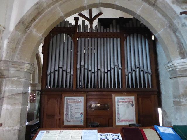 St Mary, Ticehurst: organ