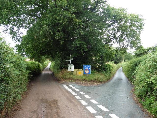 Wormsland Cross