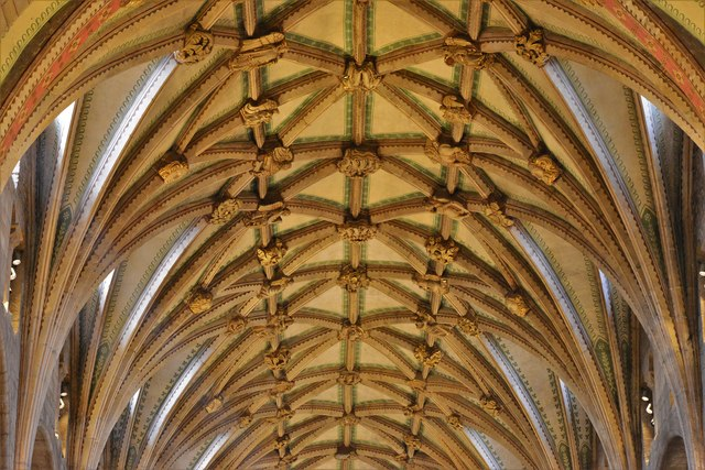 Tewkesbury Abbey: The magnificent lierne vaulted roof from the crossing