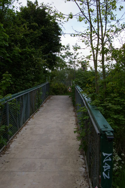 Bridge leading off Thames towpath, north of Four Rivers