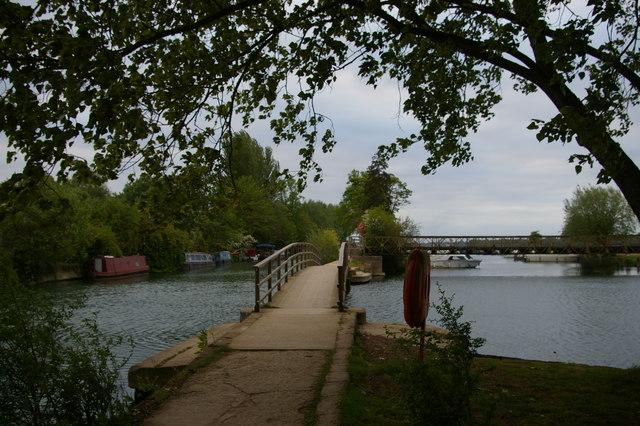 River Thames at Medley