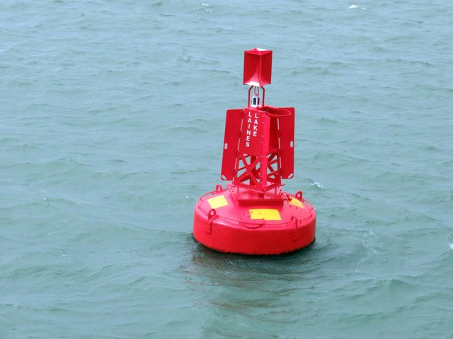 Laines Lake marker buoy in Southampton Water