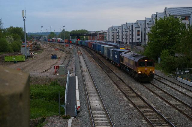 Evening container train heads north under Walton Well Road bridge