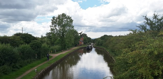 Worcester & Birmingham canal from Offerton Bridge