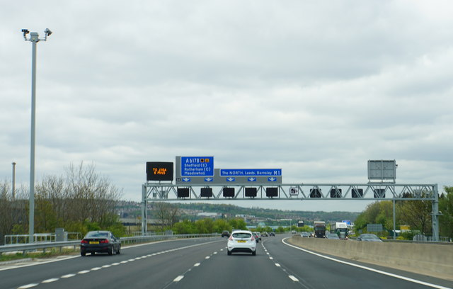 The M1 approaching Junction 34
