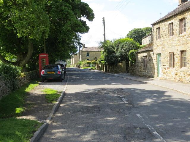 Lane through High Grantley heading towards High Barn