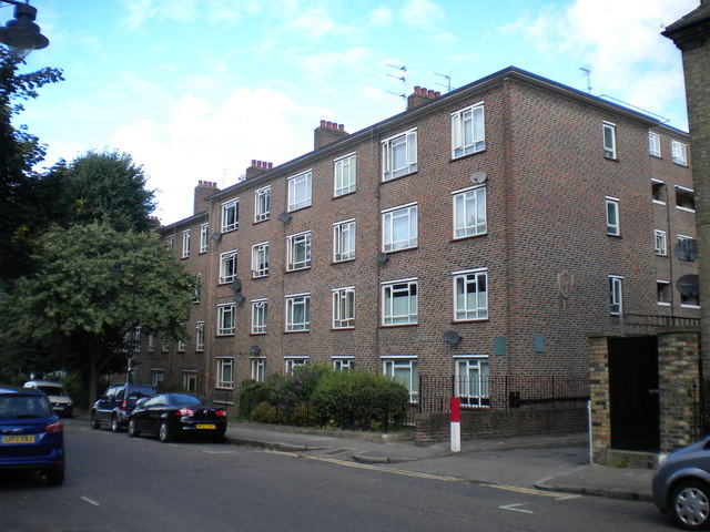 Barnes Court, Islington