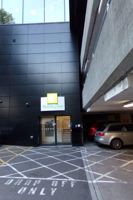 Entrance to Holiday Inn, Bristol