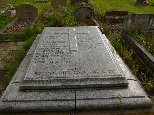 Birstall parish churchyard (3) - Yeilding memorial