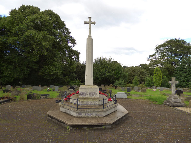 Birstall parish churchyard (4) - war memorial