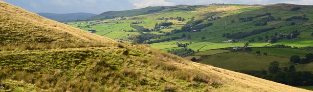 A bend in the Pennine Bridleway