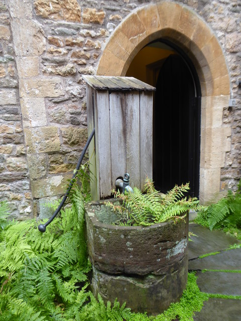 Pump in the inner courtyard of Clevedon Court