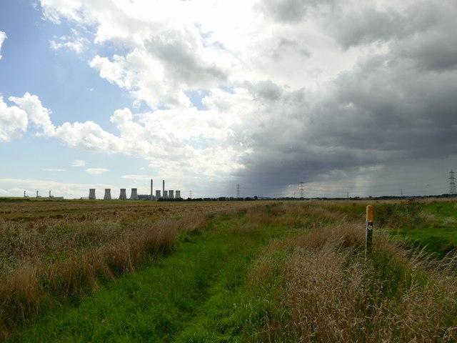Footpath beside Saundby Marsh Drain