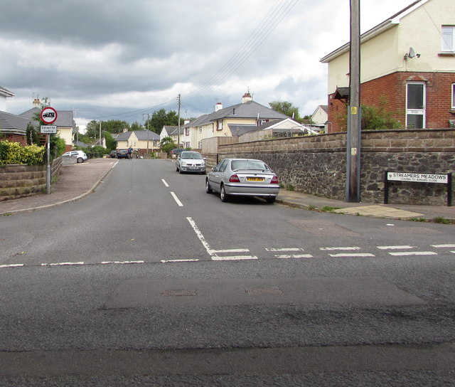 Junction of Littletown Road and Streamers Meadows, Honiton