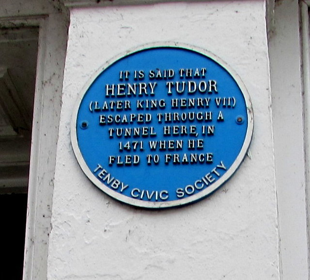 Henry Tudor blue plaque, Crackwell Street, Tenby