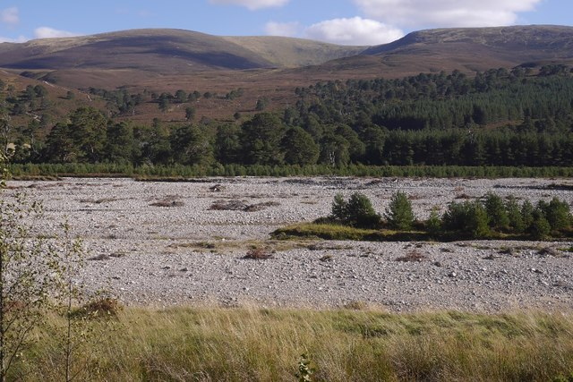 Dry river bed, River Feshie