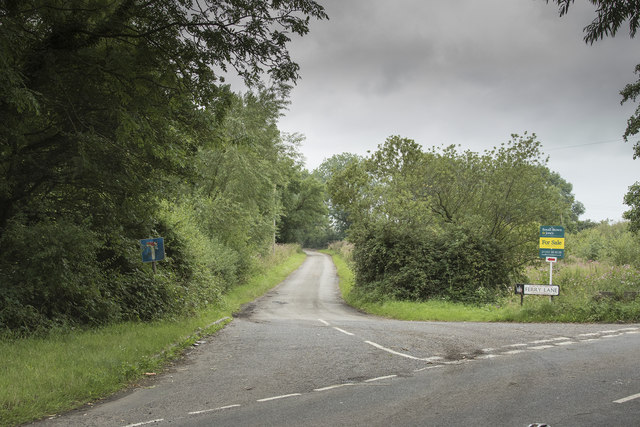 A minor road to the Trent