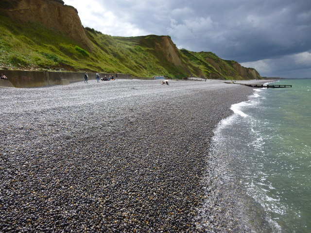 Shingle beach and cliffs near Sheringham Golf Course