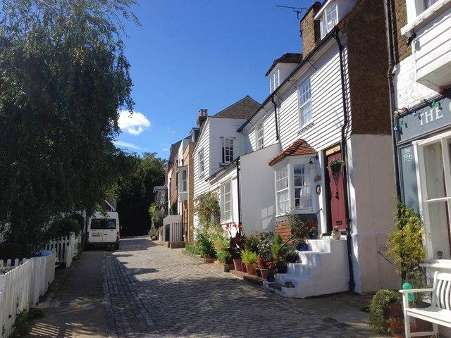 High Street, Upnor