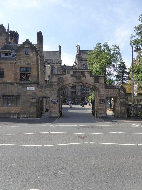 The main gate of Glasgow University