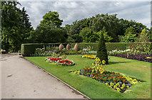 SE5853 : Homestead Park by Ian Capper