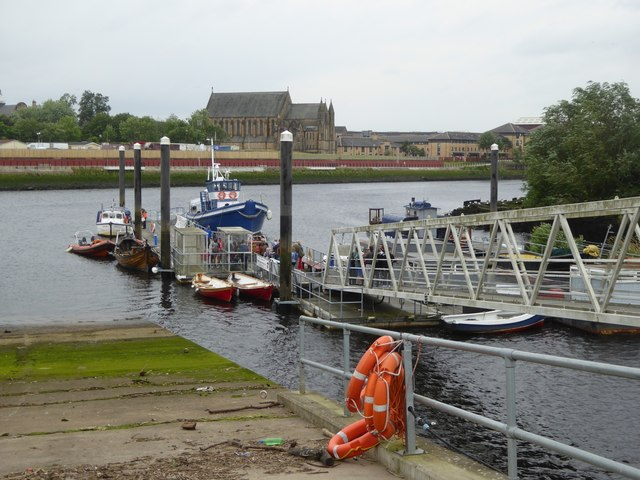 Ferry pontoon on Clyde at Riverside Museum