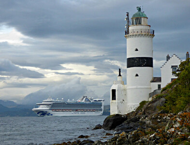 NS2075 : Caribbean Princess passing Cloch Lighthouse by Thomas Nugent