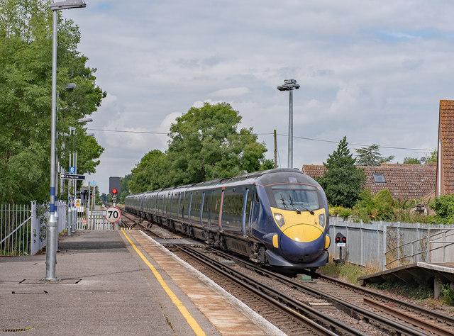 Class 395 passing Minster - July 2017