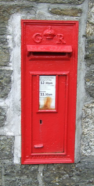 George V postbox, Sithney Common