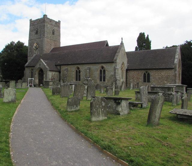 Path to the village church, English Bicknor