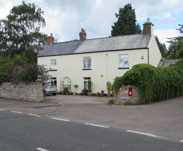 English Bicknor house and postbox, Ross Road, Gloucestershire