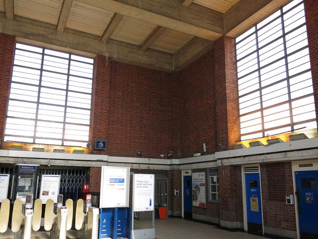 Sudbury Hill tube station - interior