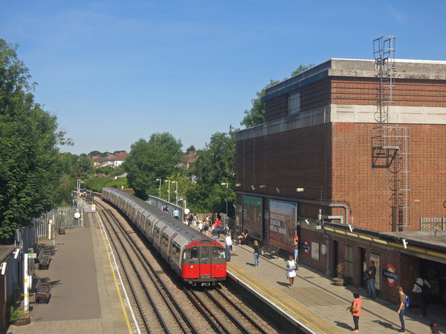 Sudbury Hill tube station - platforms and generating station (2)