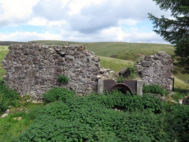 Remains of fire-place at Yearning Hall