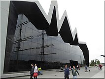 NS5565 : The south facade of the Riverside Museum by David Smith