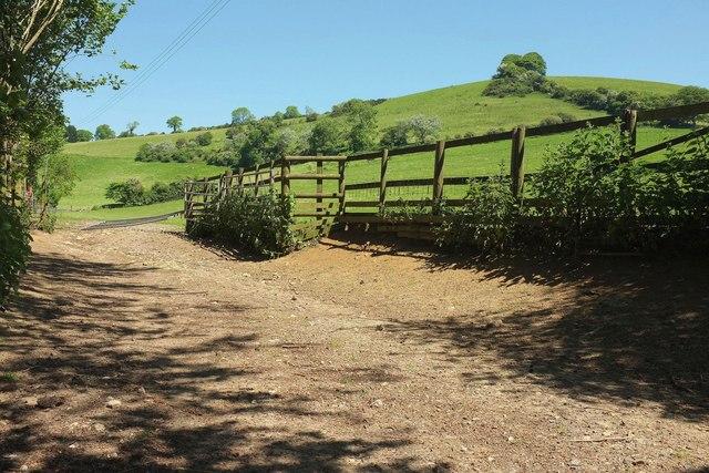 Towards Gerrard's Hill