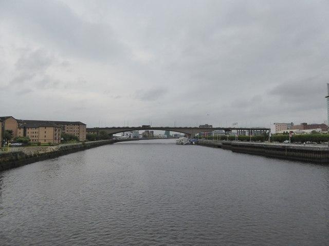 Kingston Bridge and Clyde from  Tradeston Bridge