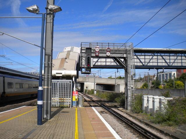 West end of platform 6, Ashford International station