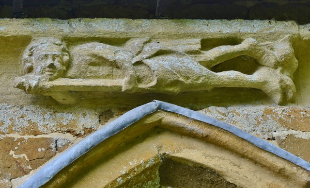 Hanwell, St. Peter's Church: South frieze, ca. 1340: Man holding a halberd