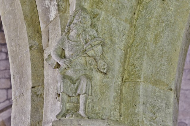 Hanwell, St. Peter's Church: Medieval musicians, a beautifully defined fiddle player