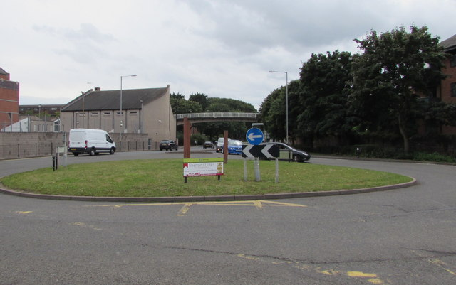 Grassy roundabout in Worcester