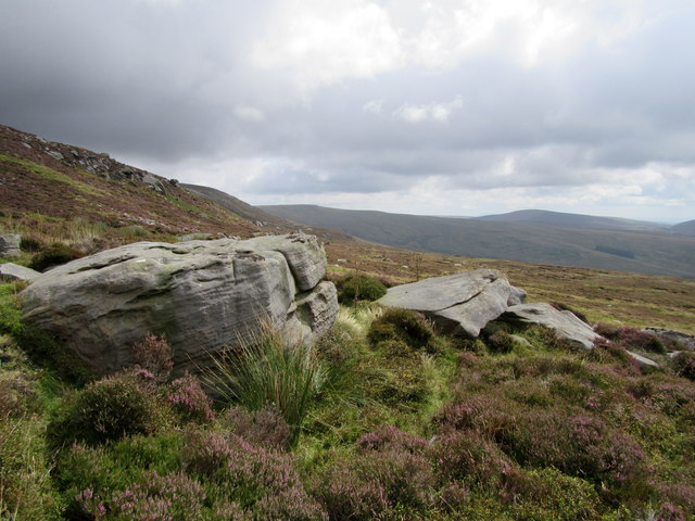 Boulders on Dunkenshaw Fell